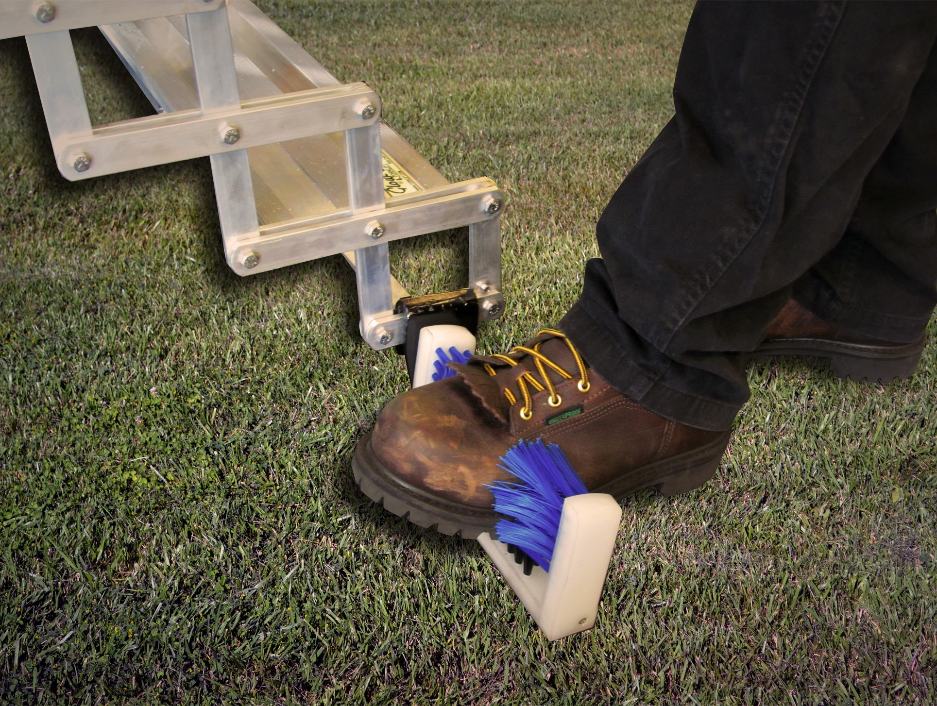 A7603 Torklift Boot Brush Attaches to Glowstep Step Systems