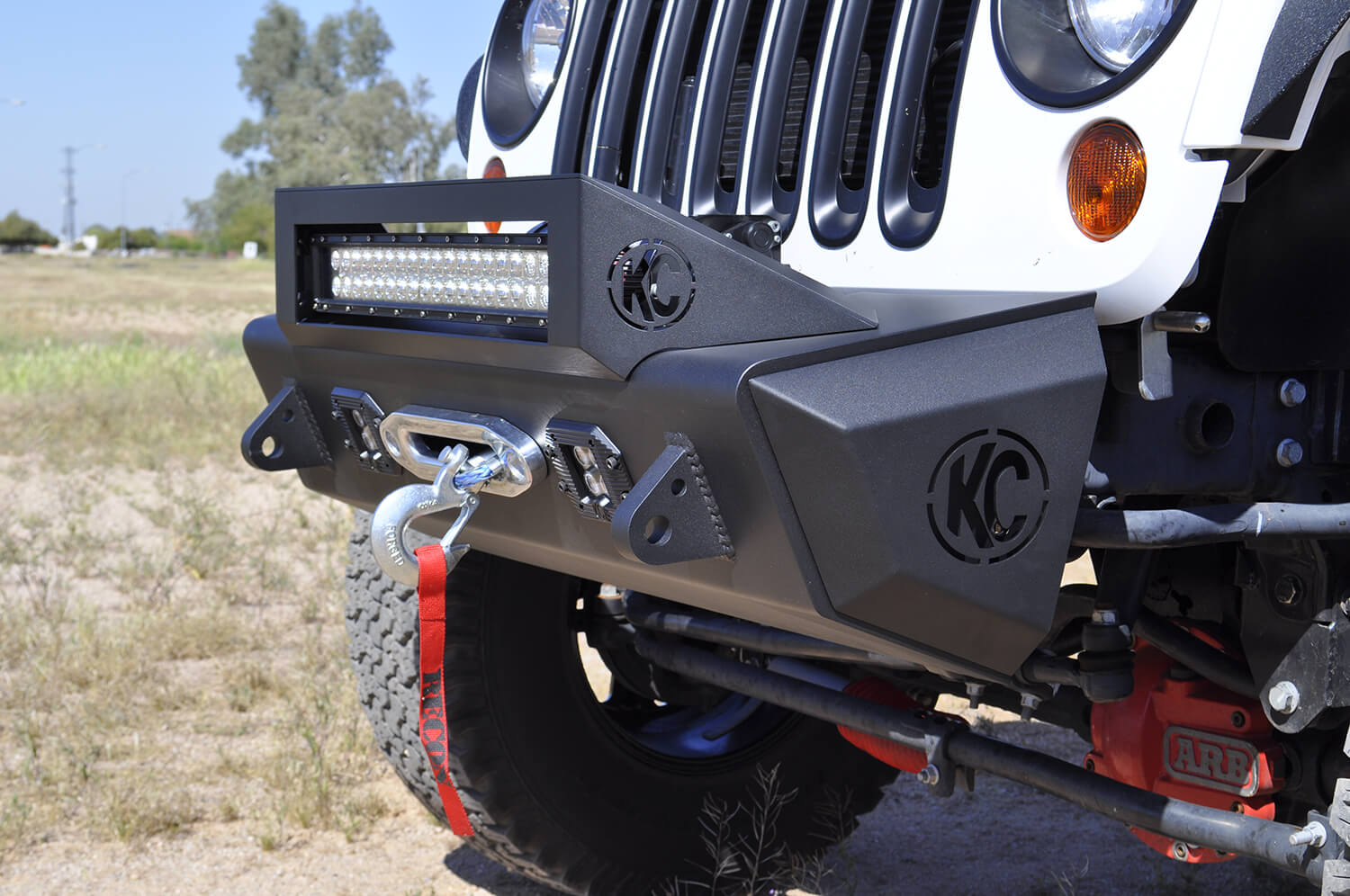 F9512812501NA Addictive Desert Design/ ADD Light Bar Mounting Kit